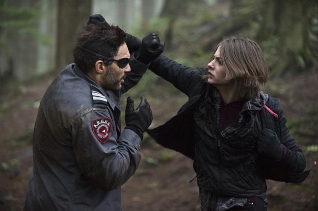Arrow - The Return - Slade vs Thea