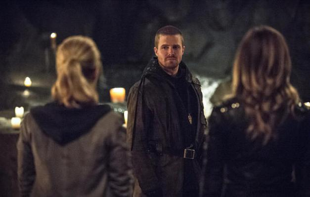 arrow-this-is-your-sword-felicity-oliver-and-laurel
