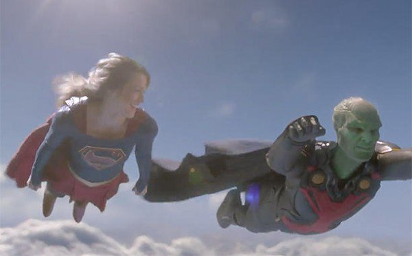 Supergirl-and-Martian-Manhunter-600x373