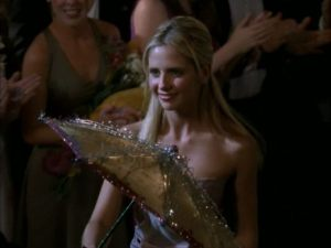 buffyprom_1200_902_81_s