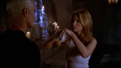 btvs-5x04-out-of-my-mind-buffy-the-vampire-slayer-37032376-500-281